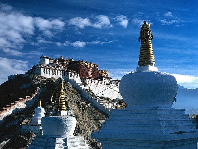 Lhasa Potala Palace - activities in Tibet