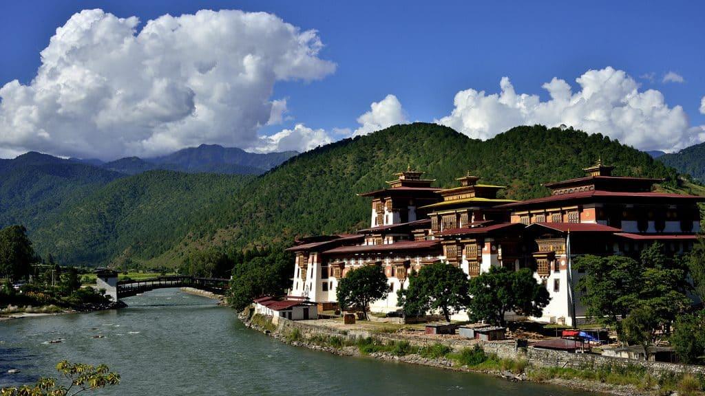 Punakha-Dzong-Bhutan-1024×576-1