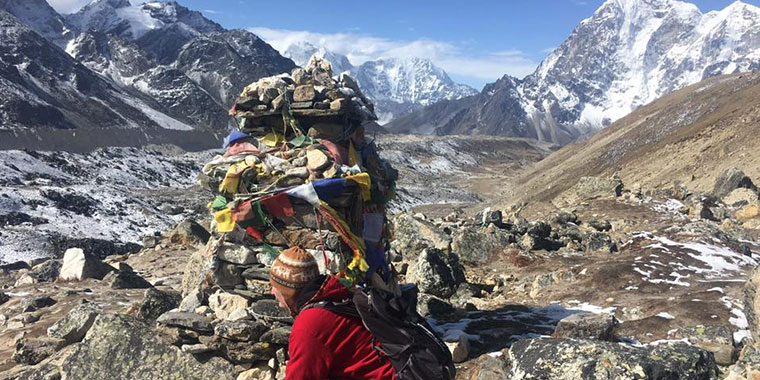 everest base camp trek packing list for may