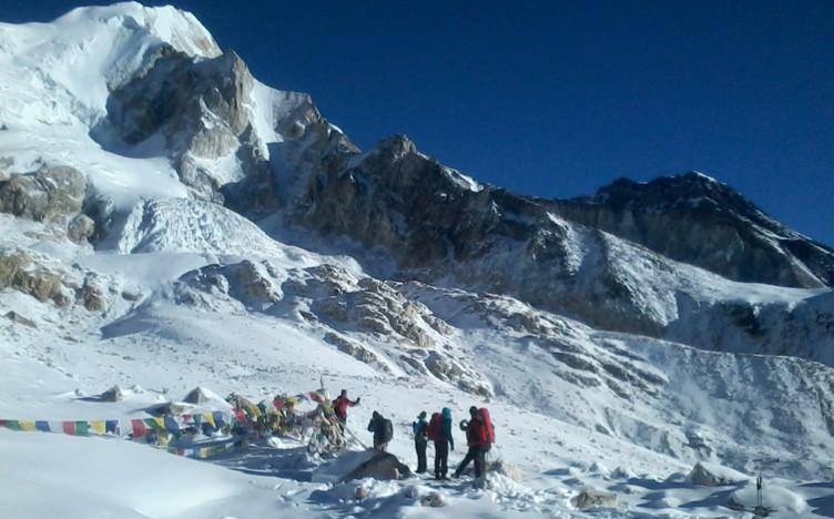 Trekking High Pass during Annapurna Circuit Trek