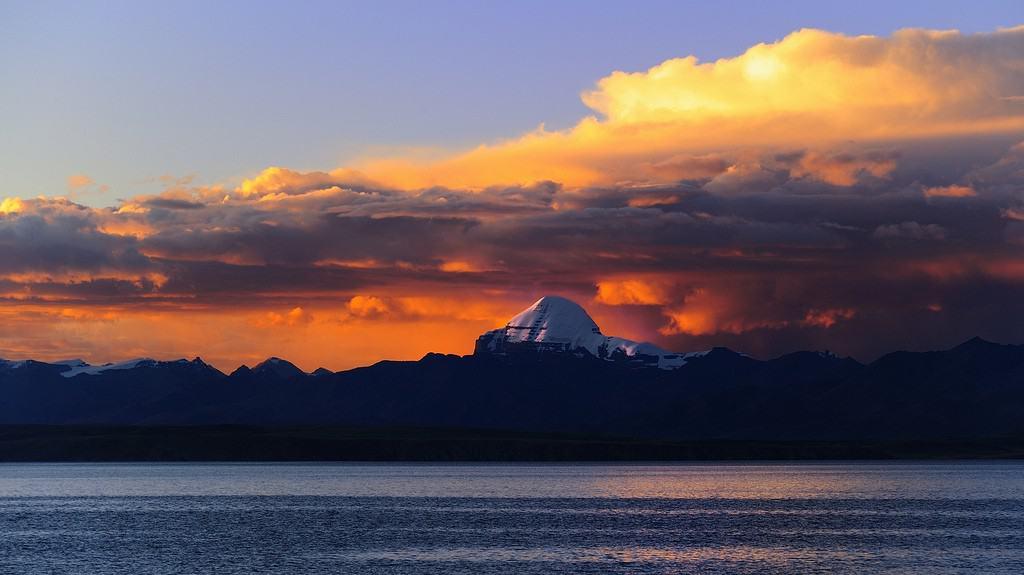 Mount Kailash and Mansarovar Lake