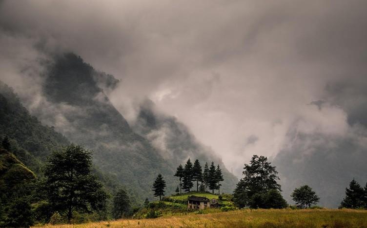 Nepal weather - monsoon season - when to go