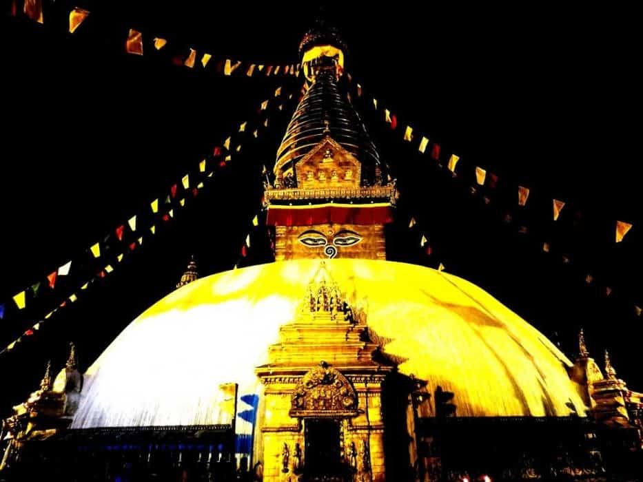 See Swyambhunath in Nepal with children