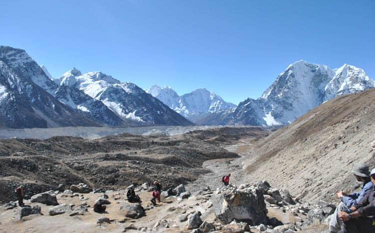 Manaslu Circuit Trek vs Everest Base Camp Trek
